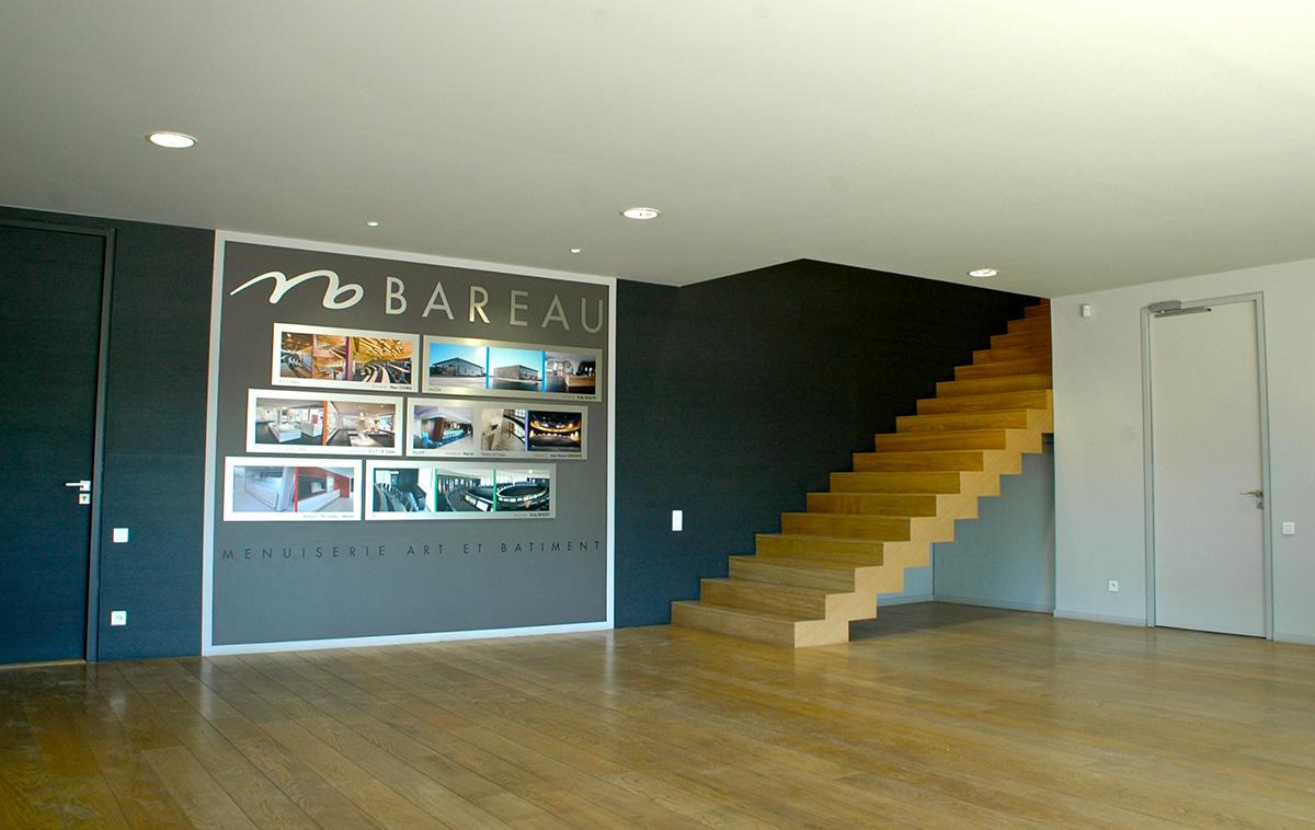Bareau